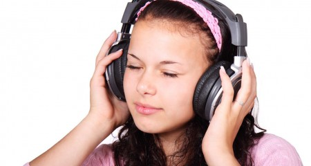 Listening - banner 02
